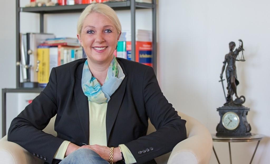 Rechtsanwältin Simone Weber